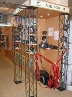 Logitech mintabolt nyílt Budapesten