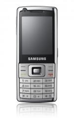 Samsung - itt az L700
