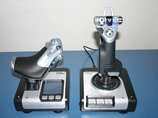 Saitek X52 Flight Control System és Pro Flight Rudder Pedals
