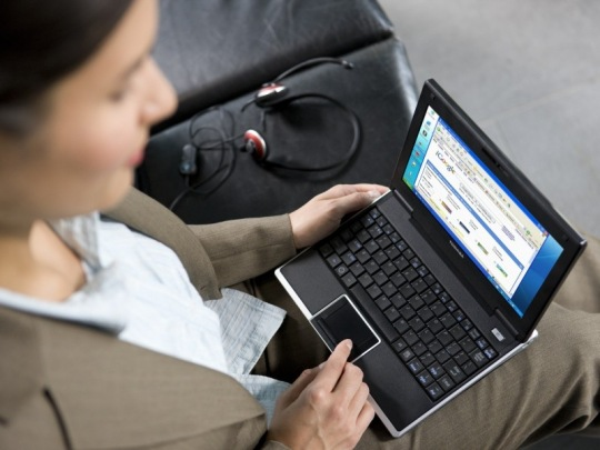 Toshiba NB100-12N - netbook 3G-vel