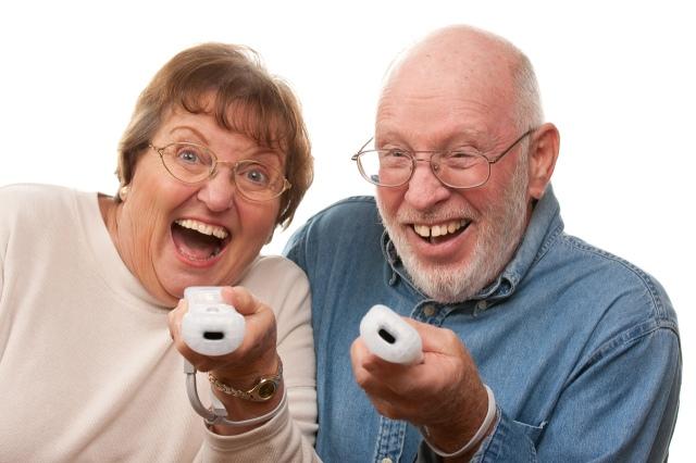 A játékok boldogabbá teszik az idősebbeket