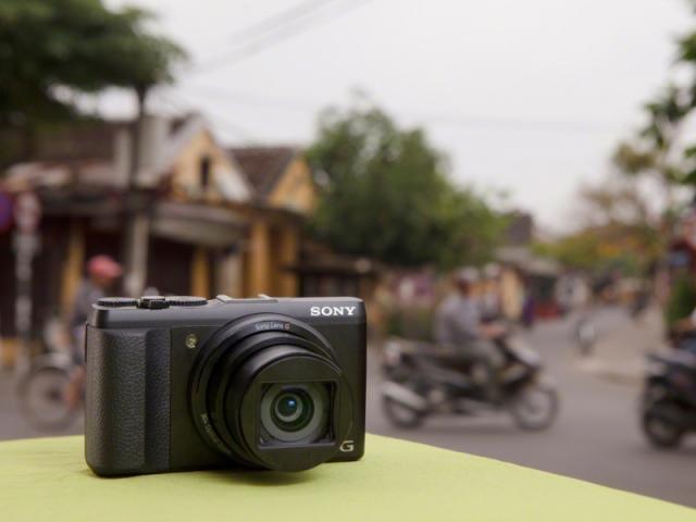 Sony Cyber-shot DSC-HX50 - apró fényképezőgép 30-szoros zoommal