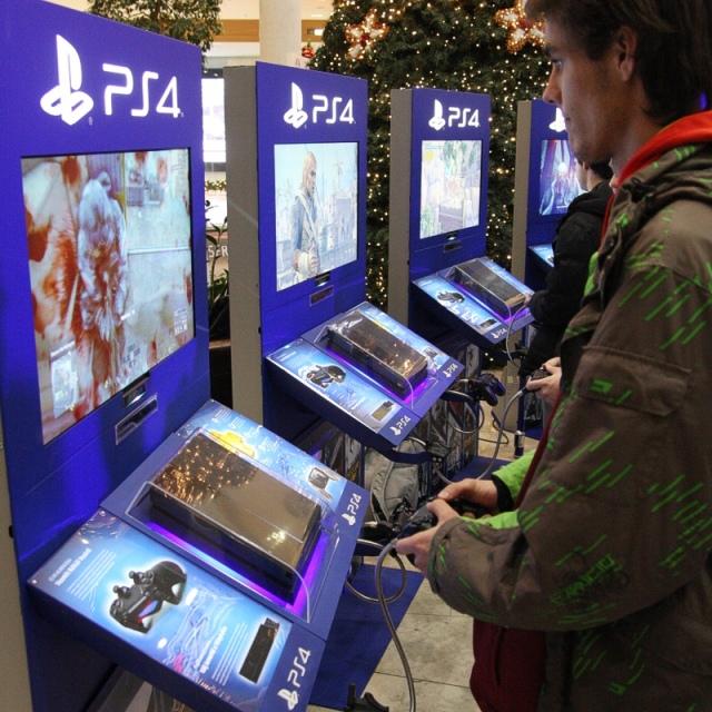 Interjú Sándor Csabával a PlayStation 4-ről