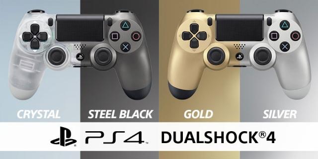 Áttetsző és acélfekete színű DualShock 4 kontrollerek