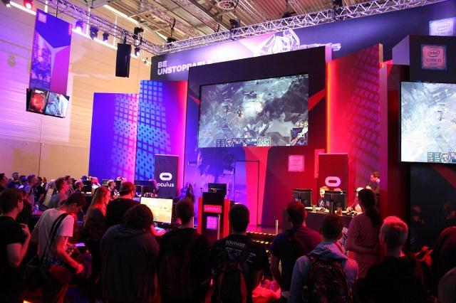 Két új gamer PC-t mutatott be a Lenovo