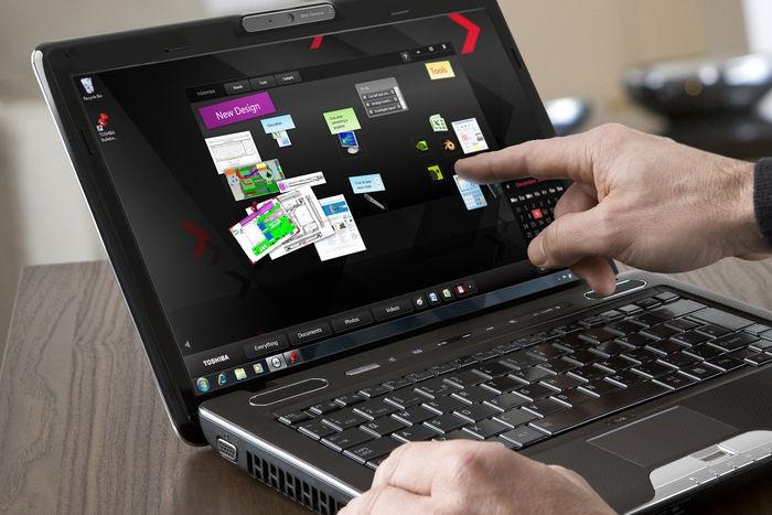 Toshiba U500 notebook érintőképernyővel