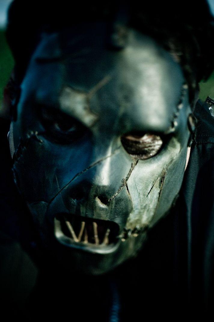 Elhunyt Paul Gray, a Slipknot basszusgitárosa