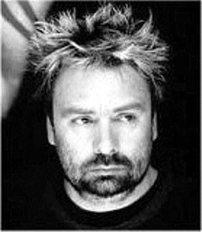 Luc Besson ismét sci-fit rendez