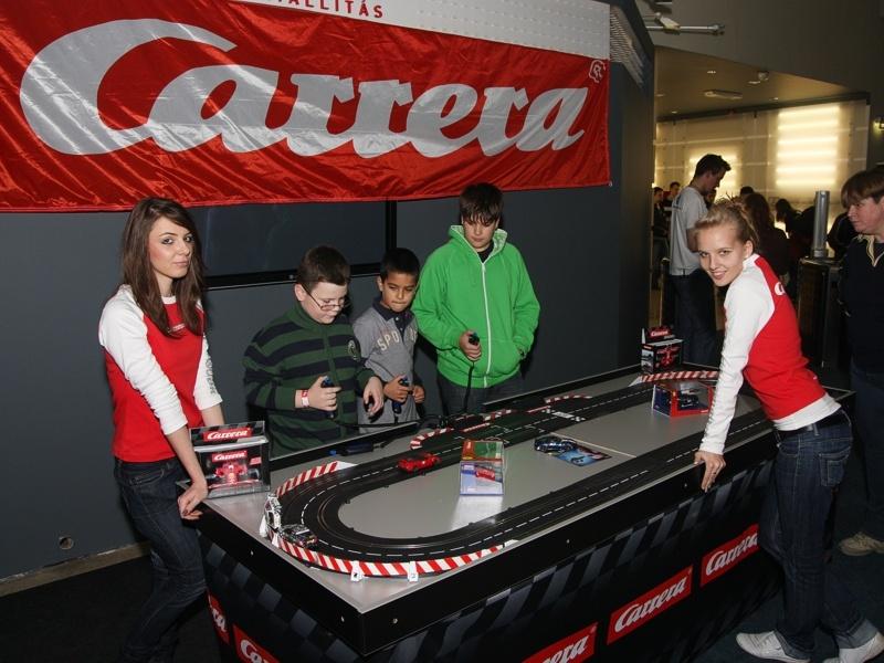 Karácsonyi Carrera játéksorozat