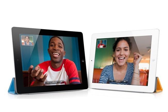 Megérkezett hazánkba az iPad 2