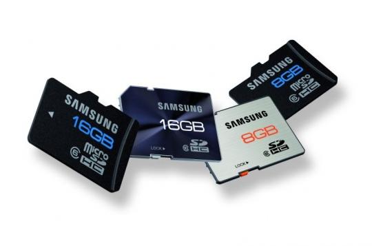 Ütés-, mágnesesség- és vízálló SD és microSD kártyák a Samsungtól