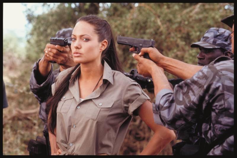 Angelina elijeszti a rontást