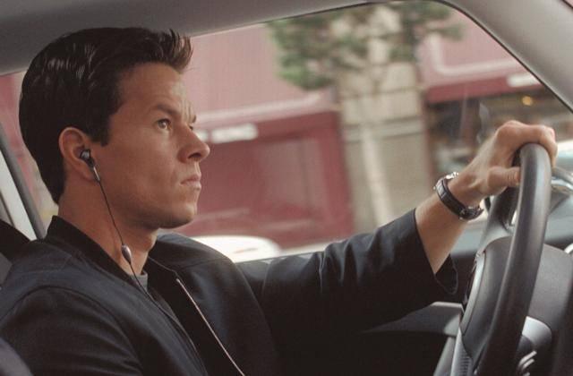 Wahlberg szereti a Minit, de Humwee-vel repeszt