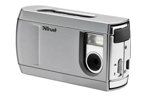 Trust fényképezőgép védőborítással