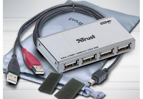 Elegáns designú USB 2.0-ás HUB a Trusttól