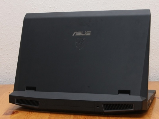 Asus G73Jh gamer notebook